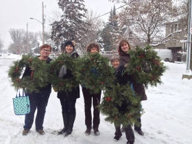 2014-11-13 Christmas Wreath group picture